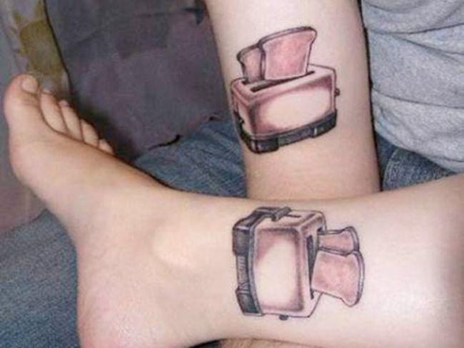 Tatuagens de casal terríveis 30