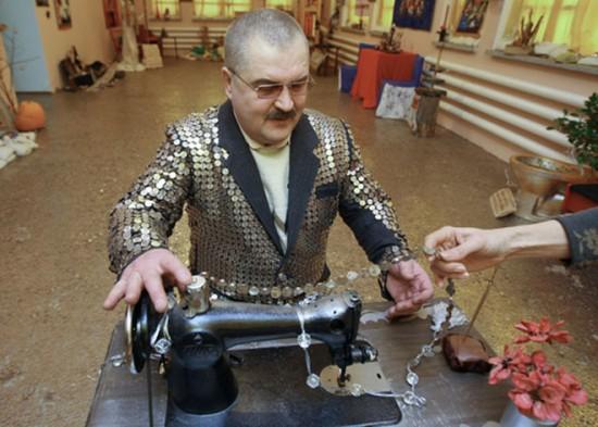 Tio Patinhas russo tem uma coleção de 5 milhões de moedas 02