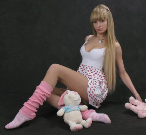 Mais fotos de Angelika Kenova, a boneca Barbie russa do mundo real 03