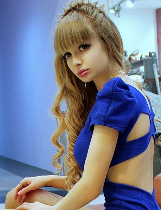 Mais fotos de Angelika Kenova, a boneca Barbie russa do mundo real 07