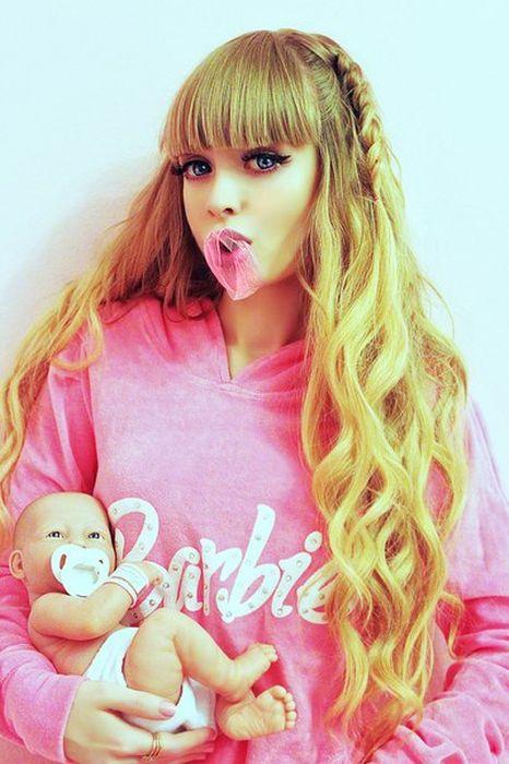 Mais fotos de Angelika Kenova, a boneca Barbie russa do mundo real 10