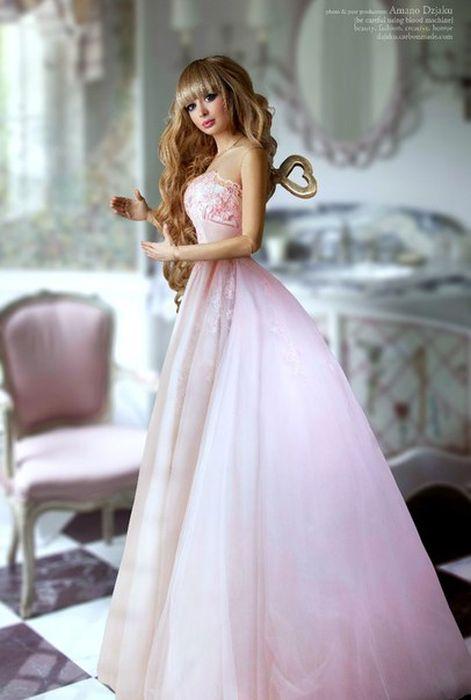 Mais fotos de Angelika Kenova, a boneca Barbie russa do mundo real 16