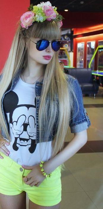 Mais fotos de Angelika Kenova, a boneca Barbie russa do mundo real 18