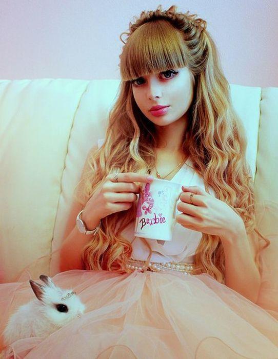 Mais fotos de Angelika Kenova, a boneca Barbie russa do mundo real 24