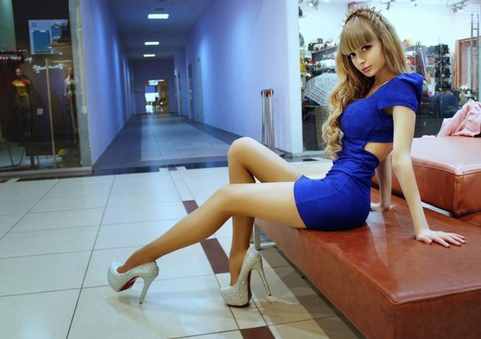 Mais fotos de Angelika Kenova, a boneca Barbie russa do mundo real 25