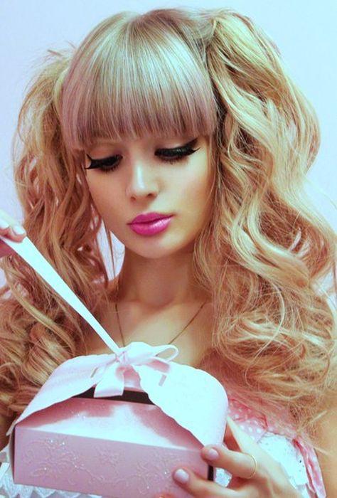 Mais fotos de Angelika Kenova, a boneca Barbie russa do mundo real 26