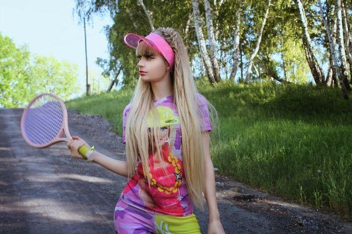 Mais fotos de Angelika Kenova, a boneca Barbie russa do mundo real 27