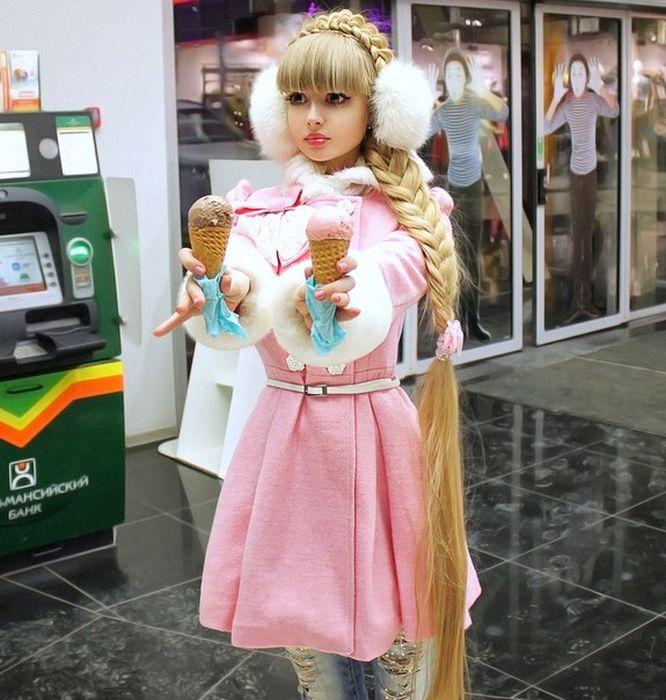 Mais fotos de Angelika Kenova, a boneca Barbie russa do mundo real 33
