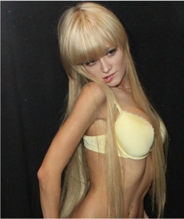 Mais fotos de Angelika Kenova, a boneca Barbie russa do mundo real 44