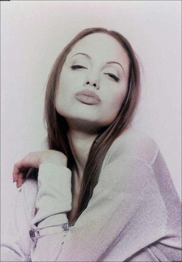 Angelina 05