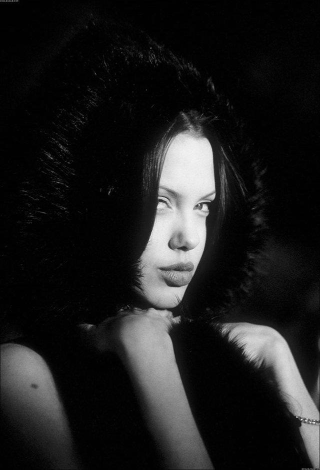 Angelina 13