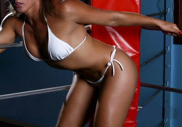 As sexy lutadoras do MMA 04