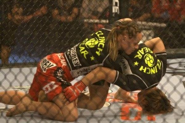 As sexy lutadoras do MMA 09