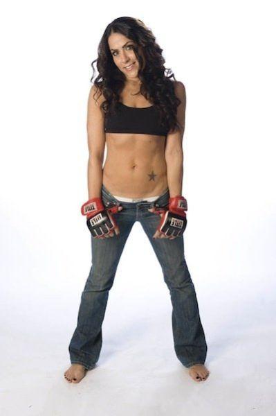 As sexy lutadoras do MMA 12