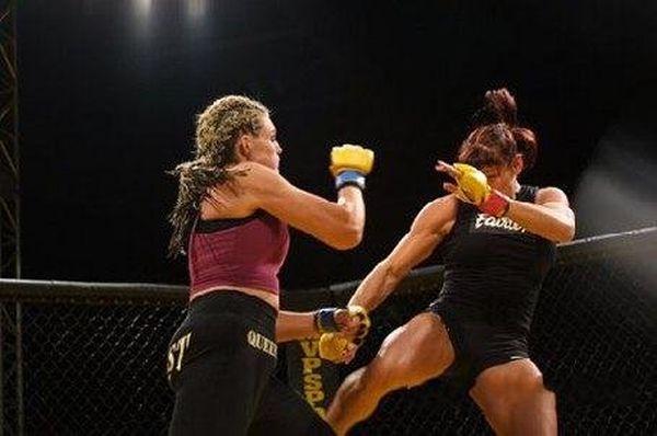 As sexy lutadoras do MMA 17