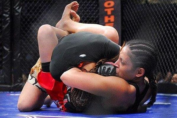 As sexy lutadoras do MMA 28