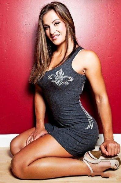 As sexy lutadoras do MMA 30