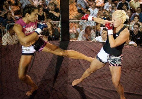 As sexy lutadoras do MMA 68