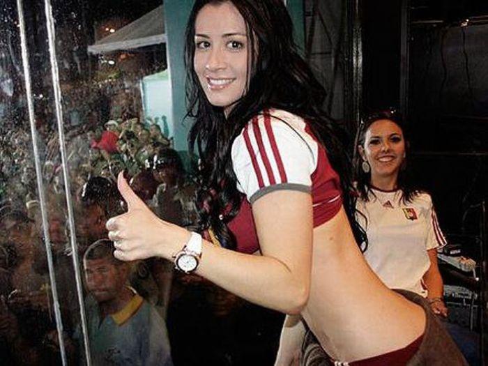 Outra torcedora desperta paixões na Copa América 03