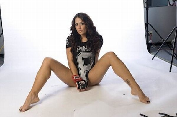 As sexy lutadoras do MMA 34