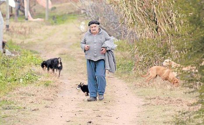 Jos� Mujica, o presidente mais humilde e generoso do mundo 03