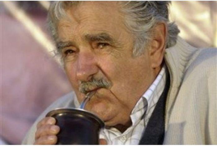 Jos� Mujica, o presidente mais humilde e generoso do mundo 05