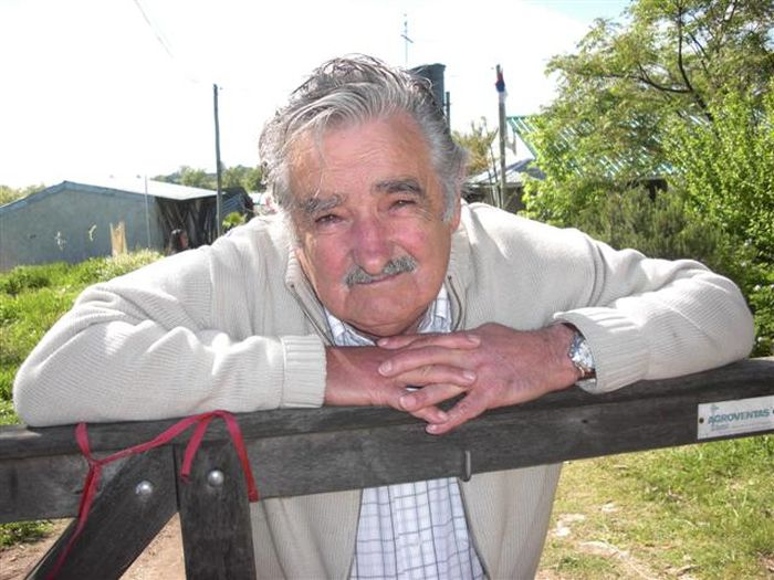Jos� Mujica, o presidente mais humilde e generoso do mundo 09