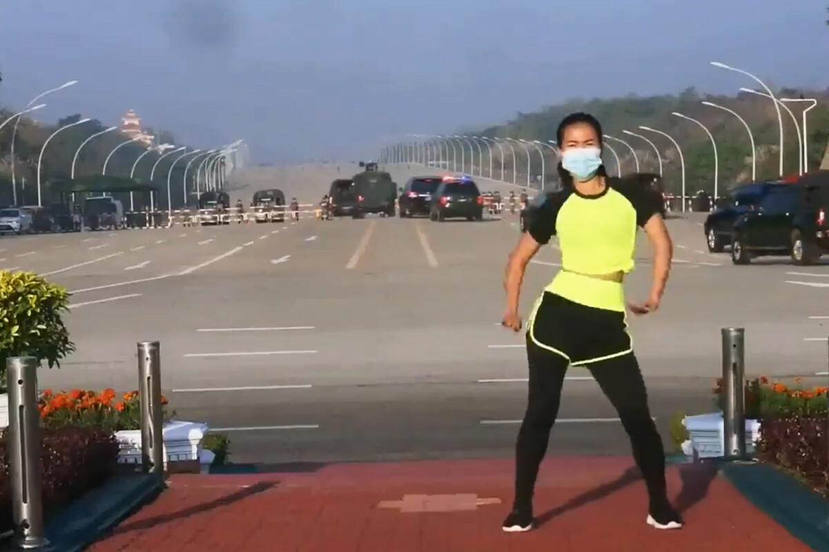 Um golpe de estado é transmitido durante uma aula de aerobica em Myanmar