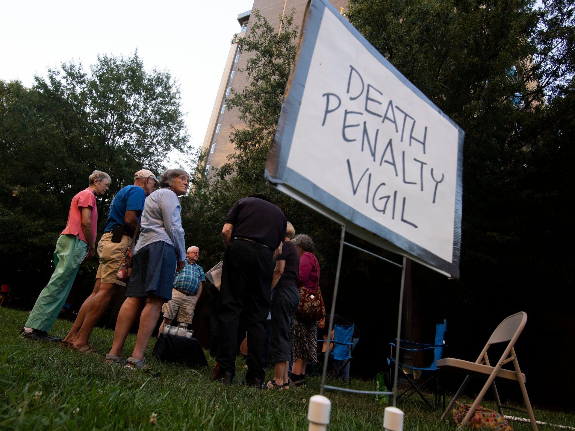 Americano condenado a morte rechaçou a injeção letal e pediu para ser eletrocutado dois dias antes de sua execução