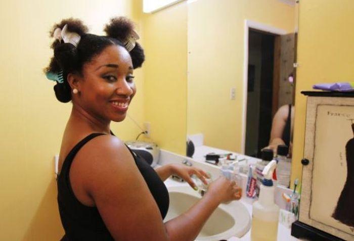 Conheça Aevin Dugas, a orgulhosa dona do maior penteado afro do mundo 03