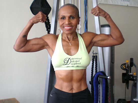 A fisiculturista mais idosa do mundo 12