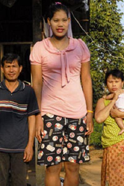 Malee Duangdee, a jovem mais alta do mundo 07