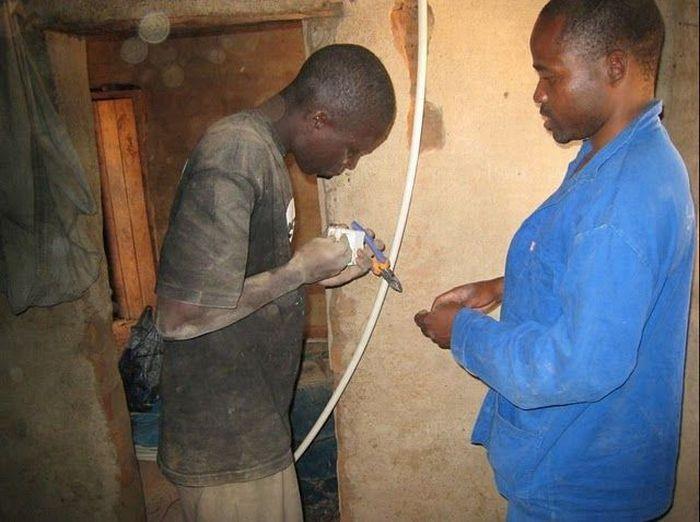 O rapaz que cria correntes de eletricidade e esperança 17