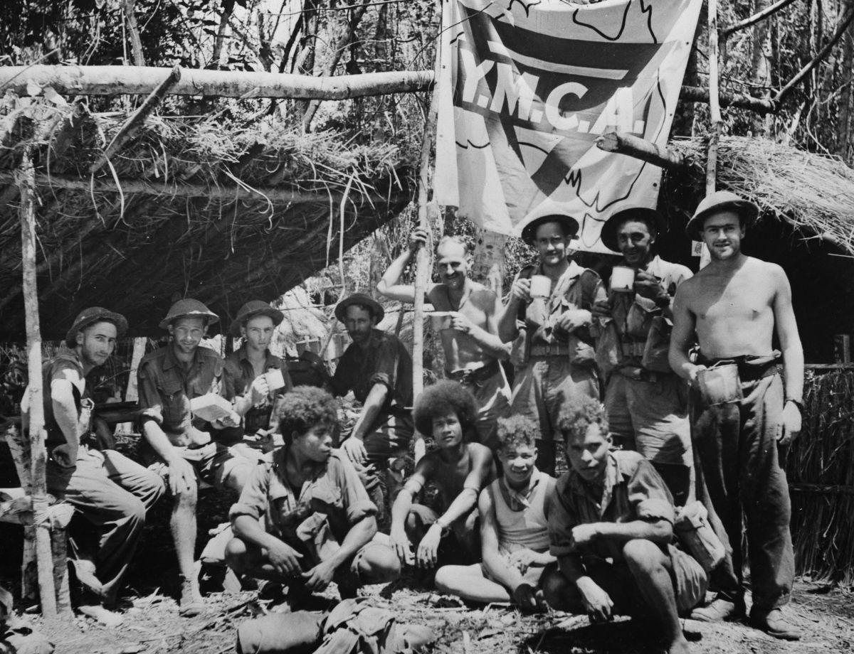 Os povos indígenas de Papua Nova Guiné salvaram centenas de soldados feridos na Segunda Guerra Mundial 11