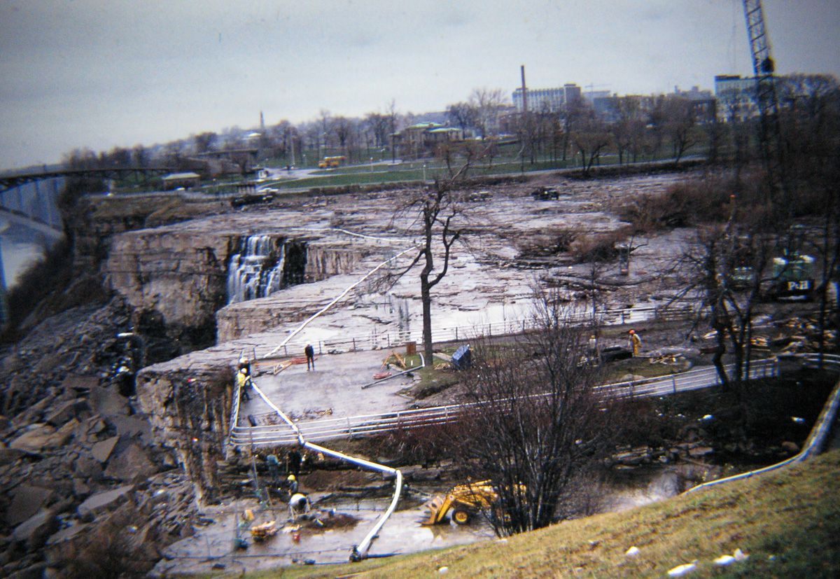 Quando drenaram as Cataratas do Niágara e encontraram surpreendentemente poucos cadáveres 03