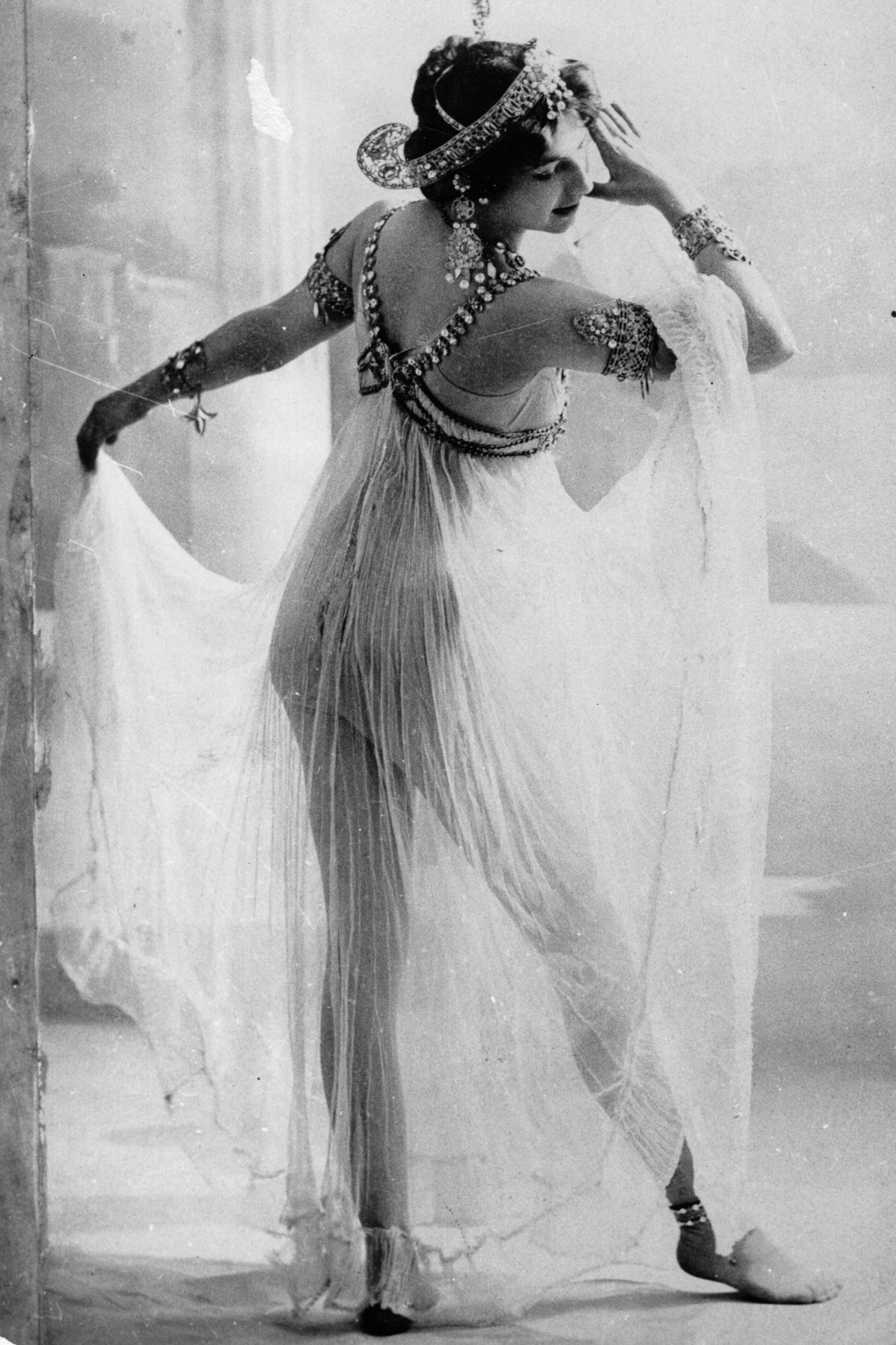 A história dramática de Mata Hari, dançarina exótica e notória espiã da Primeira Guerra Mundial 04