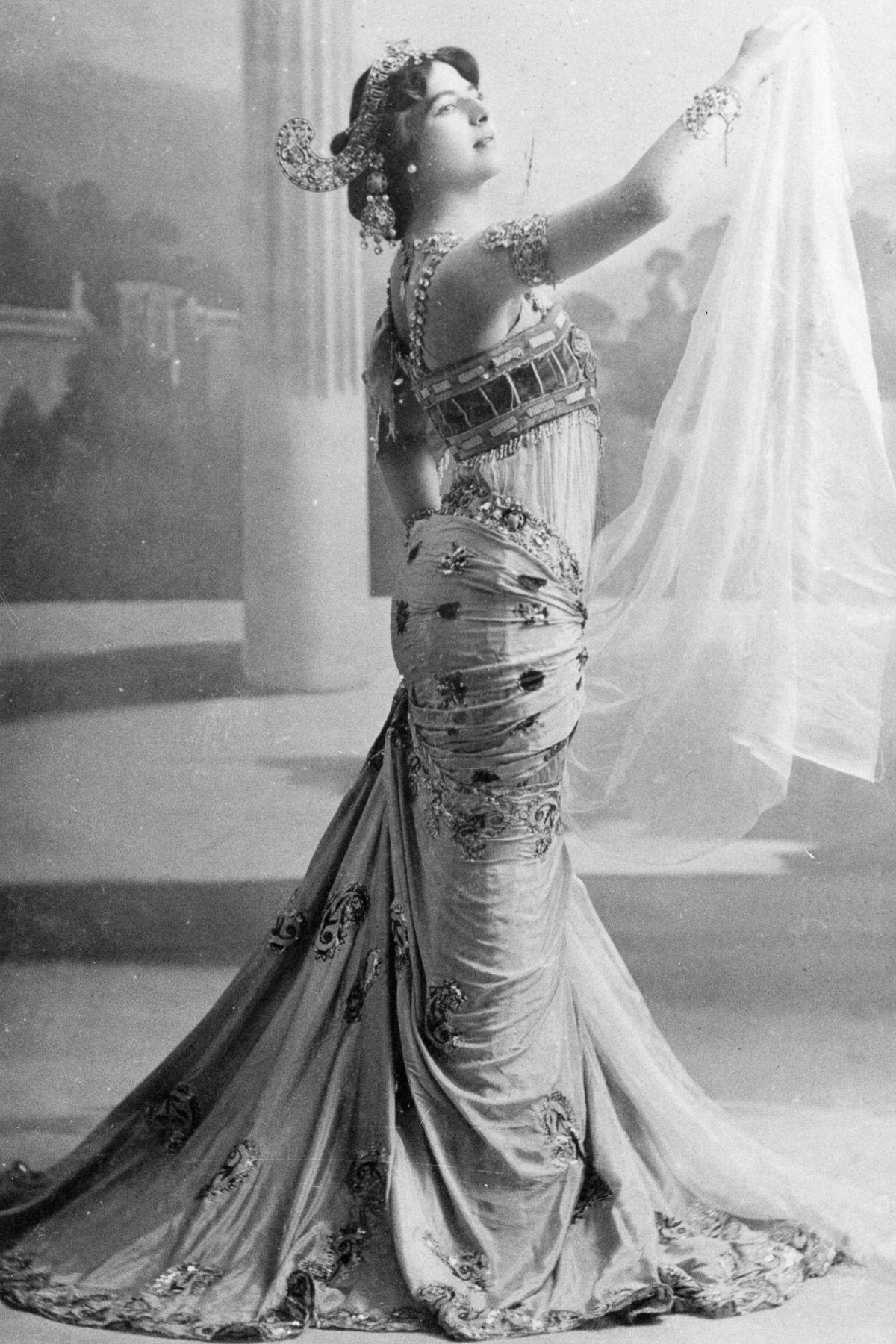 A história dramática de Mata Hari, dançarina exótica e notória espiã da Primeira Guerra Mundial 05