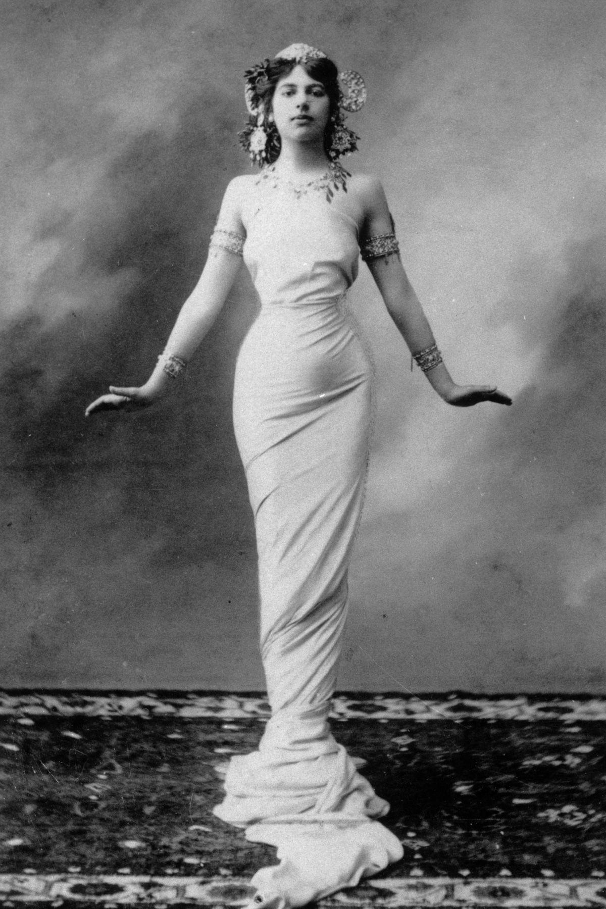 A história dramática de Mata Hari, dançarina exótica e notória espiã da Primeira Guerra Mundial 07