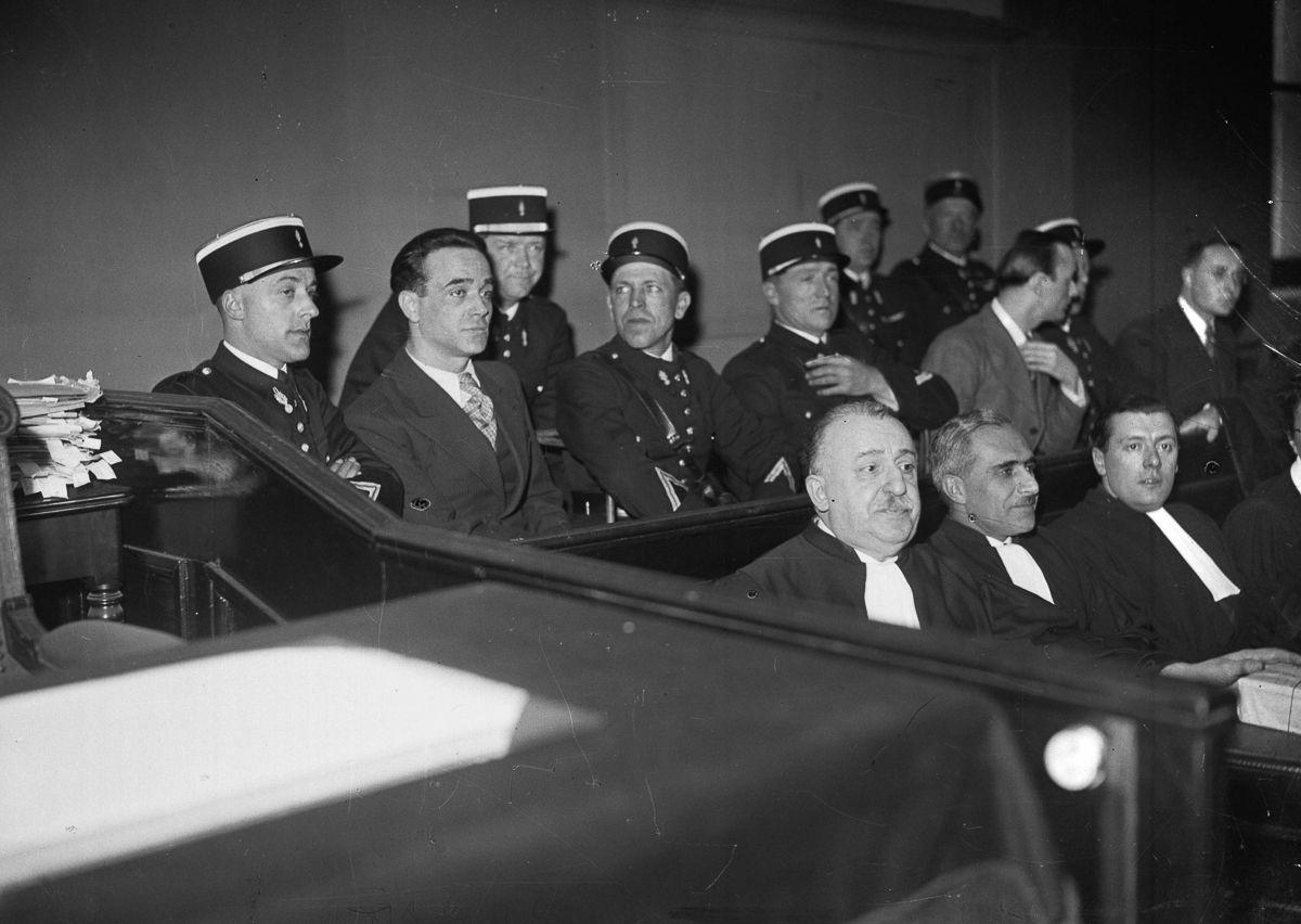 A última execução pública pela guilhotina na França 05