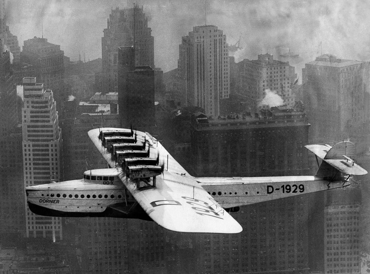 Este enorme barco voador luxuoso mal conseguia sair da água 18