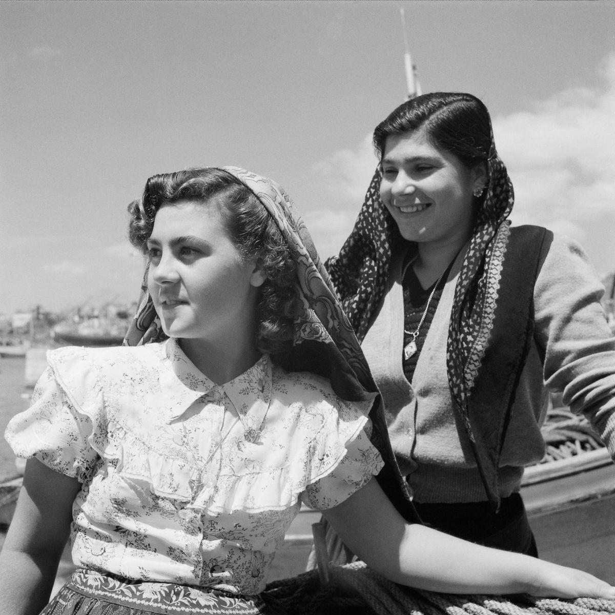 Fotografias deslumbrantes capturam a cultura da pesca dos anos 50 em Portugal 10