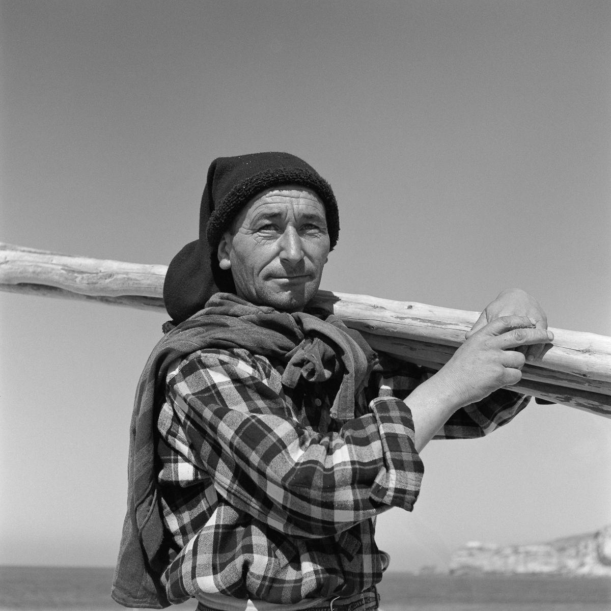 Fotografias deslumbrantes capturam a cultura da pesca dos anos 50 em Portugal 15