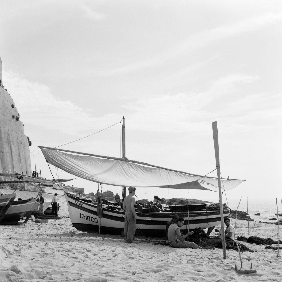 Fotografias deslumbrantes capturam a cultura da pesca dos anos 50 em Portugal 18