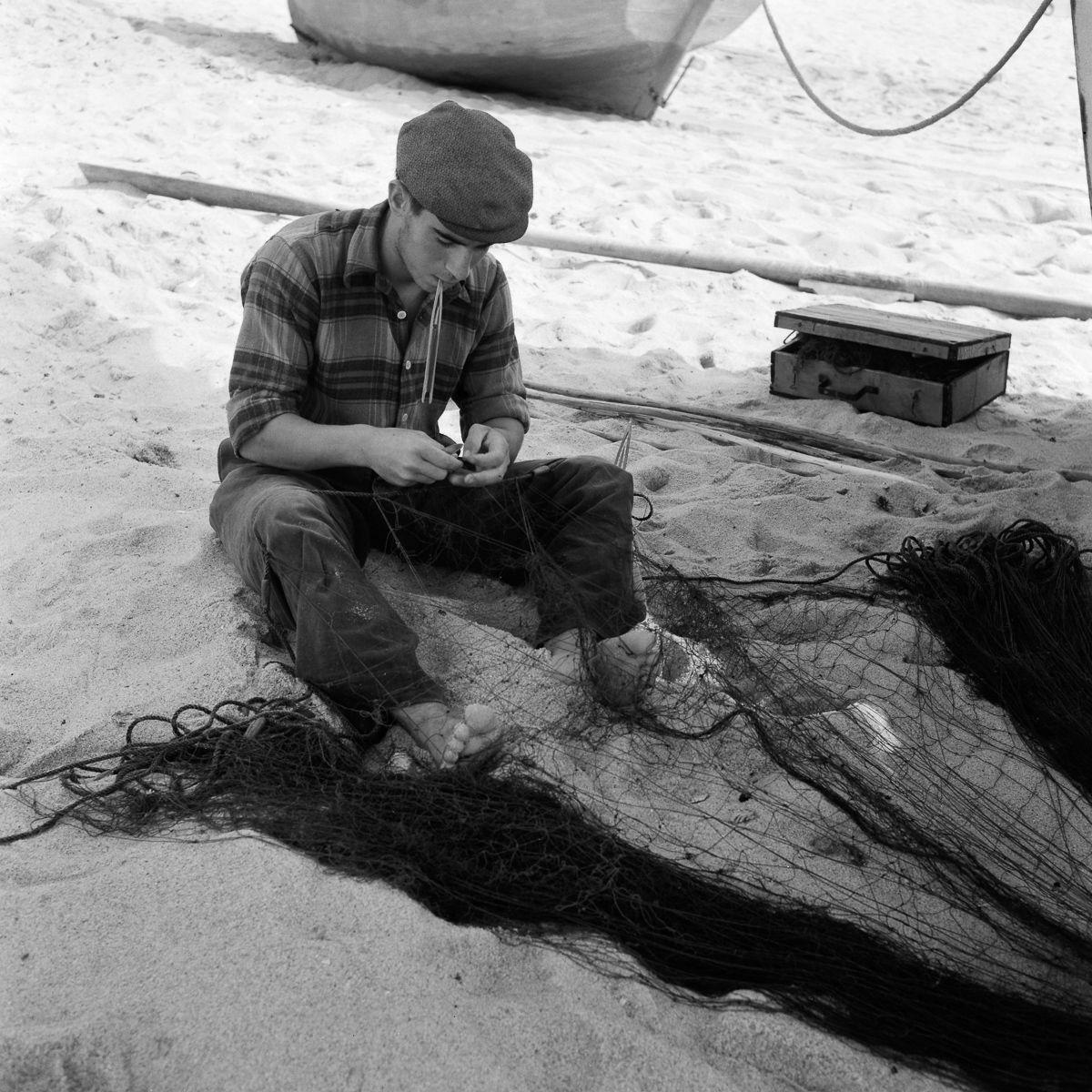 Fotografias deslumbrantes capturam a cultura da pesca dos anos 50 em Portugal 22