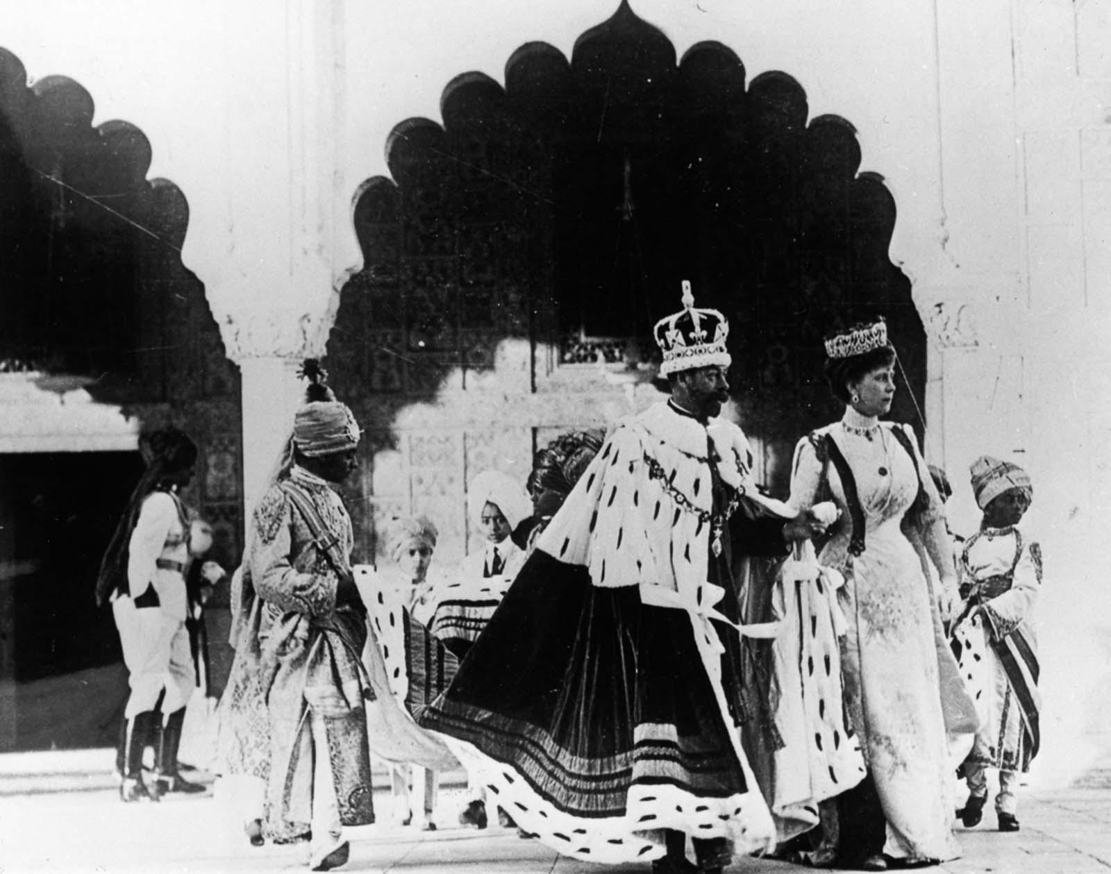 Em 1911 a realeza britânica foi à Índia para ser coroada e aproveitou para caçar 06