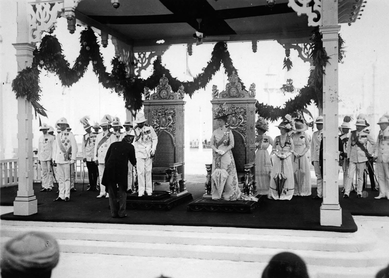 Em 1911 a realeza britânica foi à Índia para ser coroada e aproveitou para caçar 10