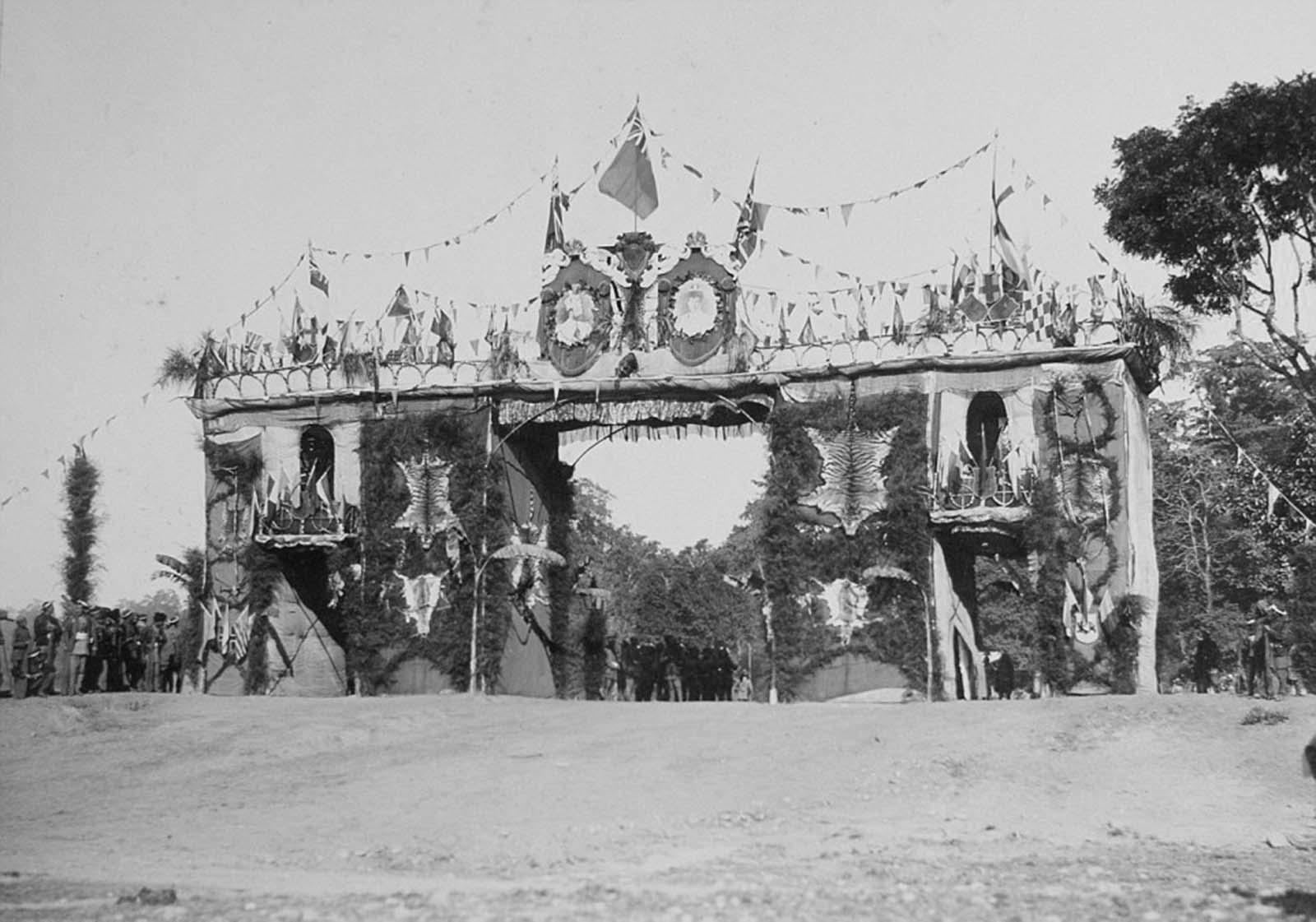 Em 1911 a realeza britânica foi à Índia para ser coroada e aproveitou para caçar 23