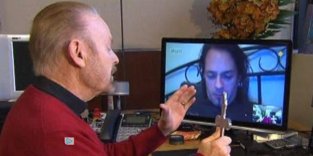 Você acredita em exorcismo via Skype?: a pergunta da semana