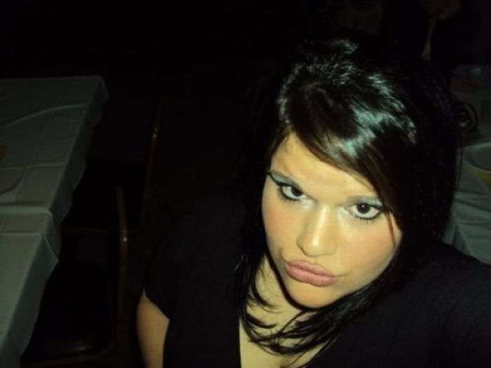 Angelina, você continua fazendo mal ao mundo sua linda 24