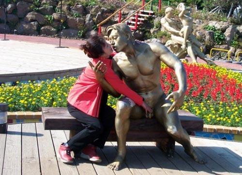 Diversão com estátuas 25
